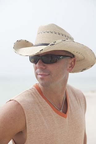 Kenny Chesney Sports Costas